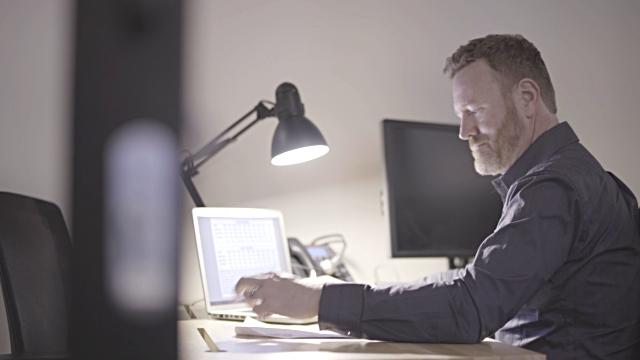 Top 10 Best Office Desk Lamp Reviews